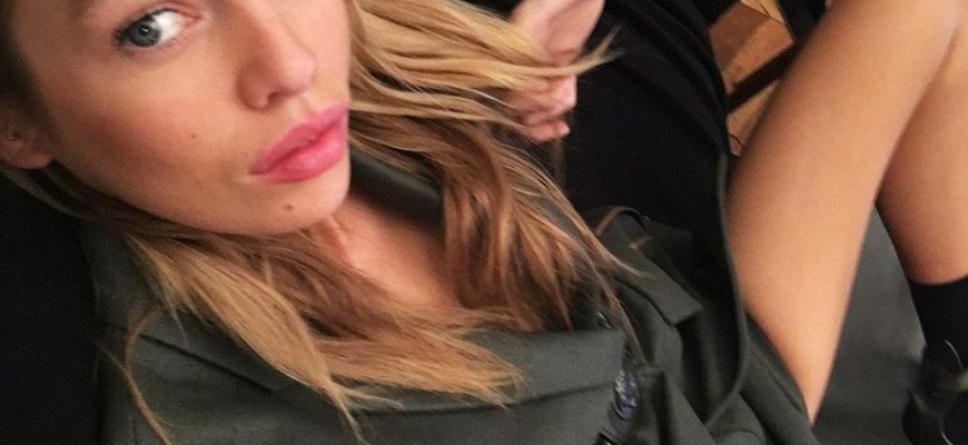 Stella Maxwell Leaked - Fappening Leaked Photos 2015-2021